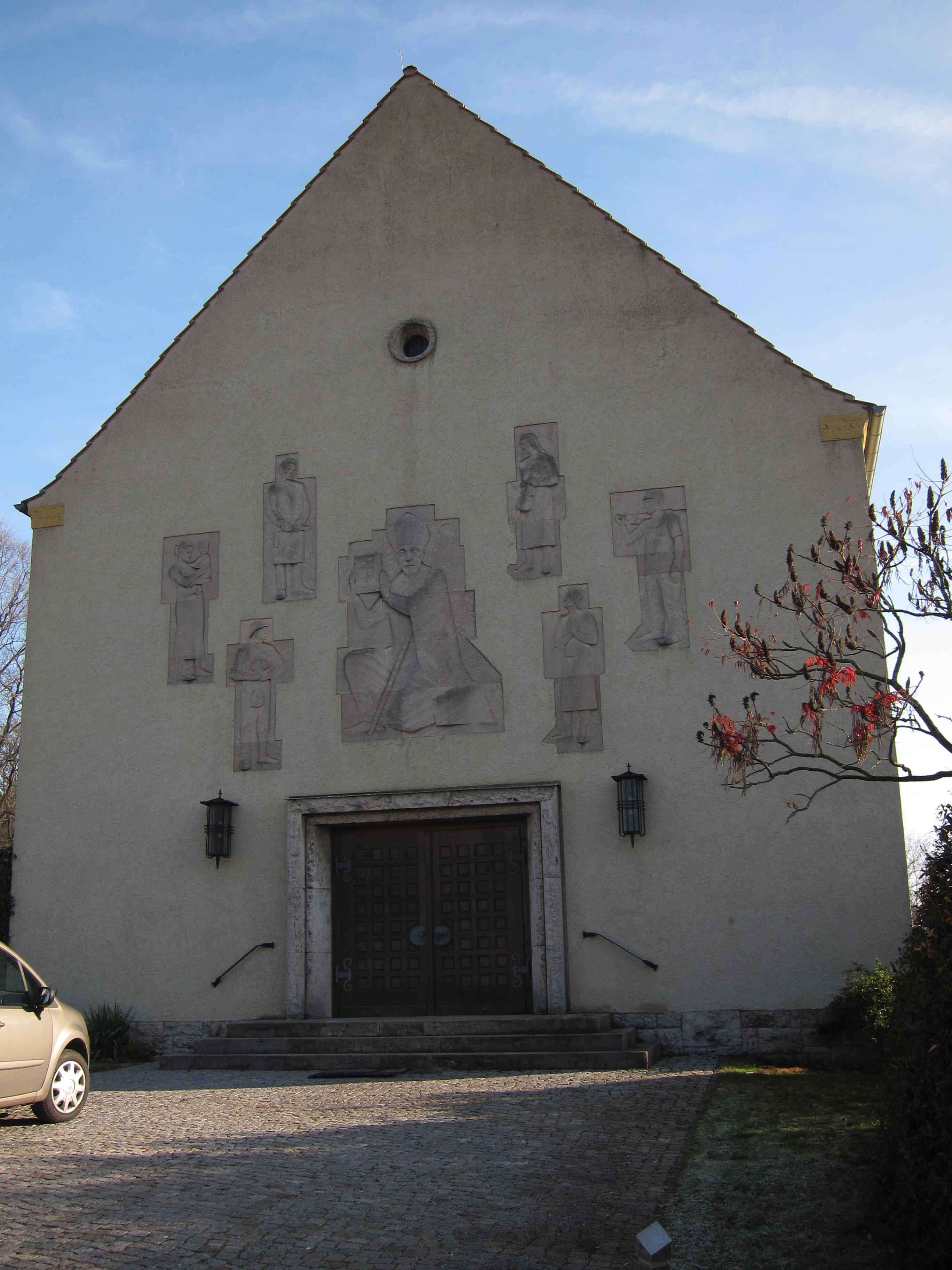 St. Bonifatius Portal bearb