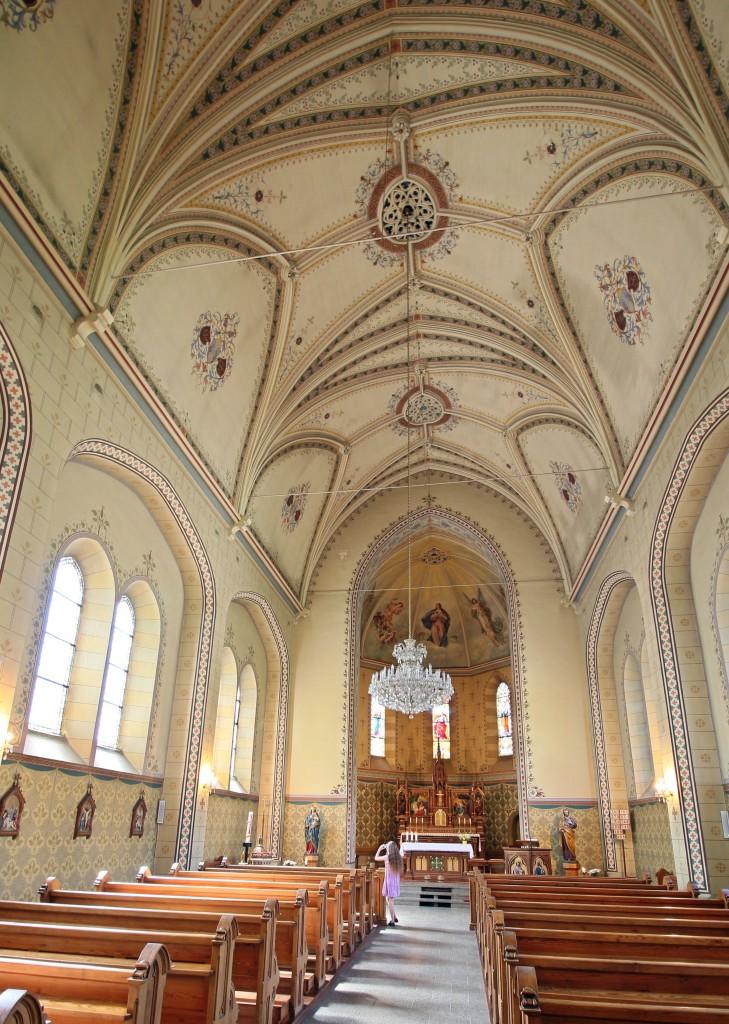Mariä Namen, Löbau, Blick in den Chor (eigenes Bild)