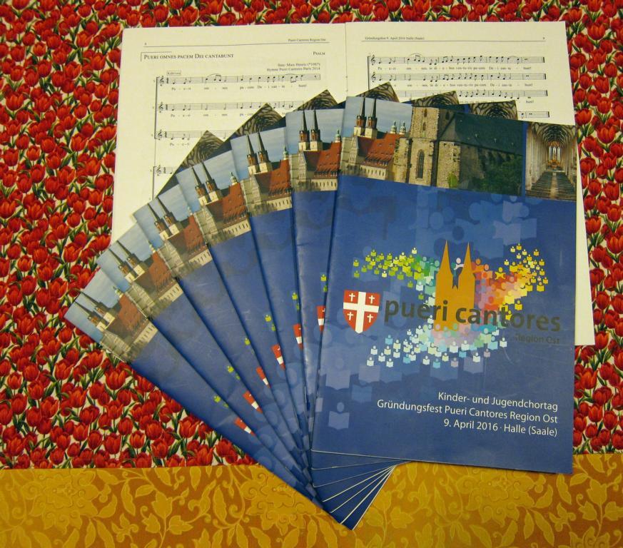 Das Chorheft der pueri cantores zur Gründungsfeier des Regionalverbandes Ost am 9. April 2016 in der Moritzkirche zu Halle (eigenes Bild)